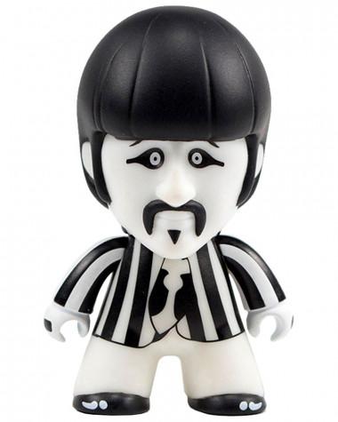 Beatles - Black & White Ringo Titans Vinyl Toys